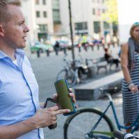 Fahrrad Navi im Getränkehalter