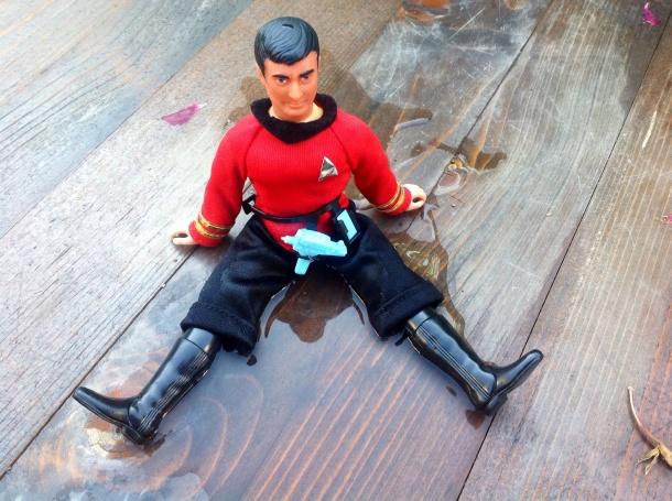 Scotty von Klingonen nass gemacht