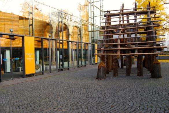 Rheinisches Landesmuseum in Bonn. Am 9. und 10. November Anlaufstation für Solopreneure, Entrepreneure, Gründer, Entwickler, Programmierer, Hacker, Nerds, Mittelständler, Manager,  Wissenschaftler, Studenten und Verbandsvertreter.