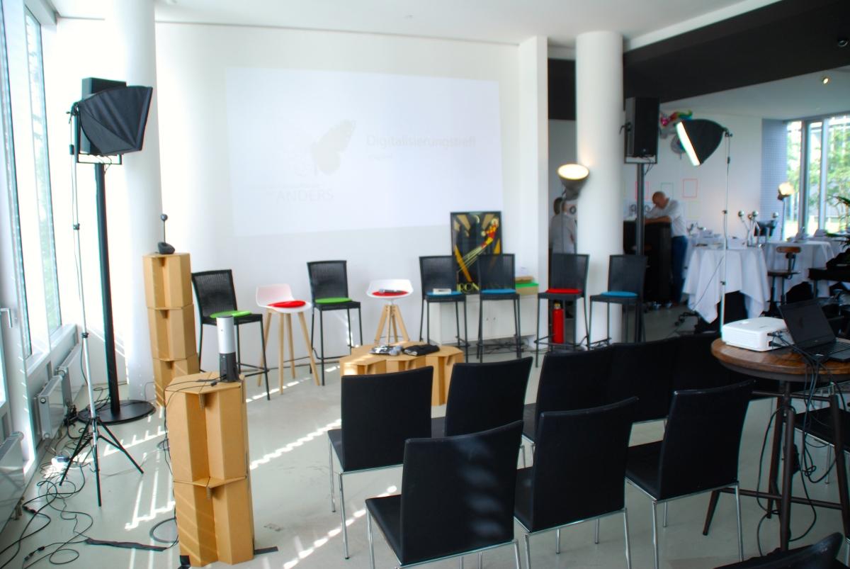 Erwerbstätigkeit für chronisch kranke Menschen – brauchen wir neue Arbeitsmodelle? Debatte im Digital Hub Bonn #BT17