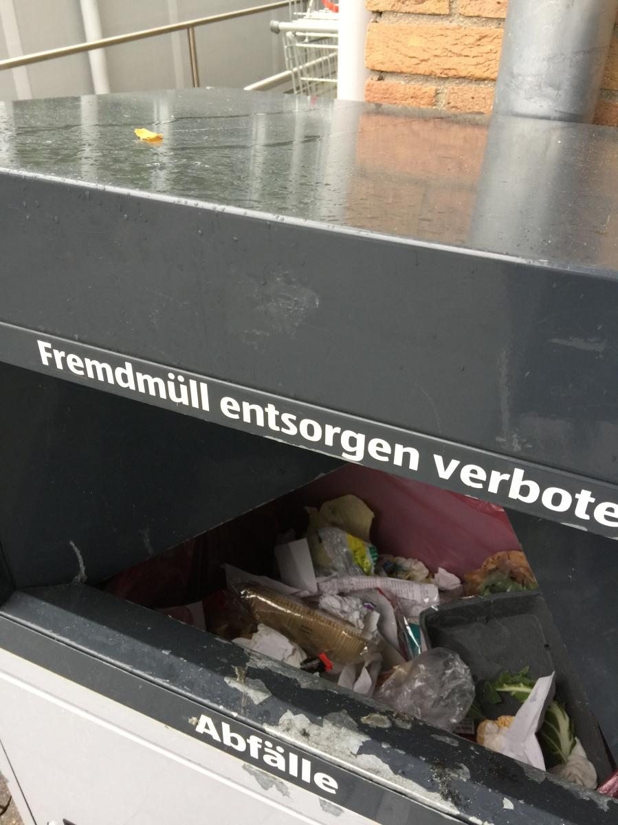 #GelbeTonne Müllverschwörung reloaded und ein Kickback-Rätsel