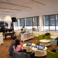 """Social-Media-Workshops für Unternehmer an der Hochschule Fresenius in Köln: """"Jung lehrt Alt"""""""